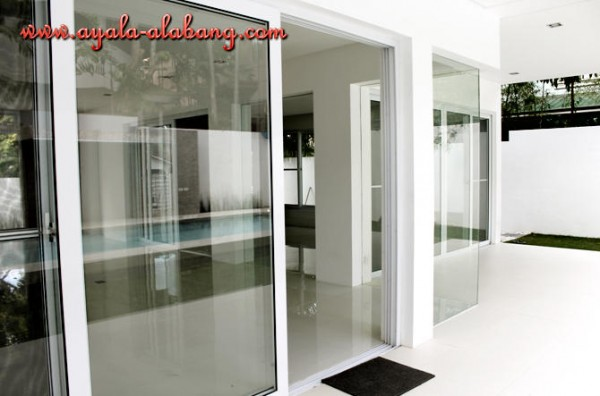 House and Lot for Sale at Ayala Alabang 04